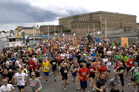 Stockholm Halvmarathon mot rekord