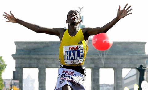 Haile tillbaka på världsrekordbanan i Berlin