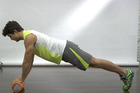 Se hur du styrketränar med foam roller