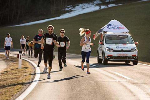 En löpande folkfest världen runt