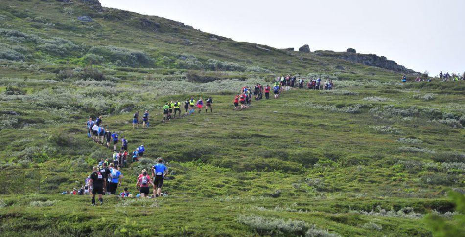 Emelie Forsberg & Andreas Svanebo laddar för AXA Fjällmaraton