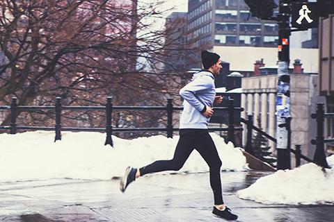 Så gör du löpningen till en naturlig del av vardagen – året runt