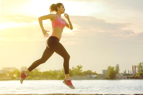 Flyg fram i spåret! 4 tips för bättre löpteknik