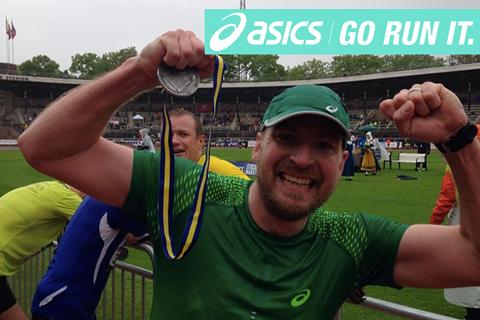 Direkt från målet i Stockholm Marathon: Team ASICS Go Run It slår personbästa