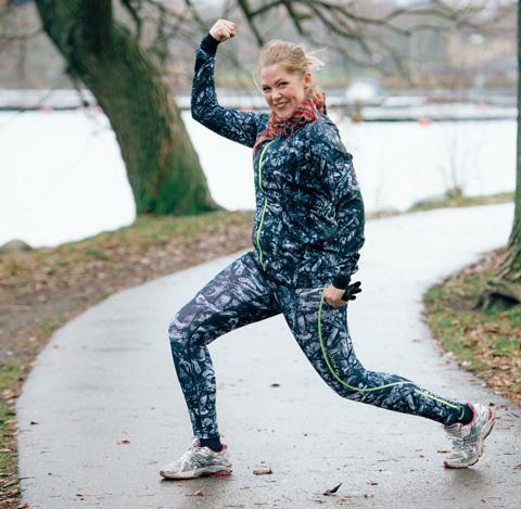 Löpare med stil: Sara är stolt över sin prestation och syns gärna