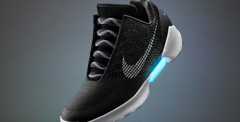 Nu släpper Nike HyperAdapt 1.0 skon som snörar sig själv