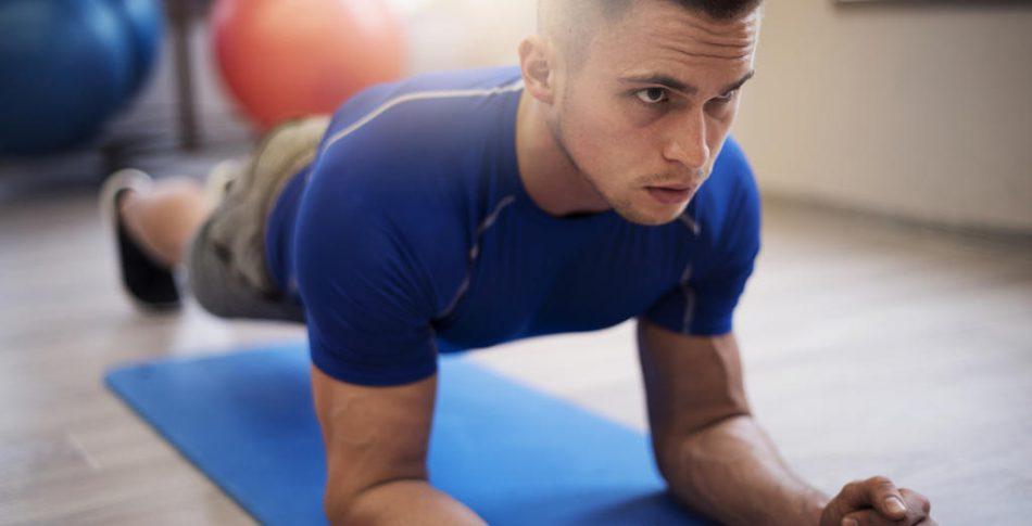 Så får du bäst effekt av coreövningen plankan – och det är inte som du tror!