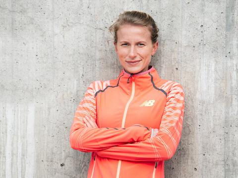 Rekord i debut av Sarah Lahti