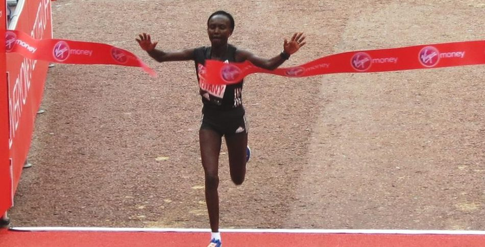 Segern och rekordtiden 2.17.01 i London gav Mary Keitany 2,9 miljoner