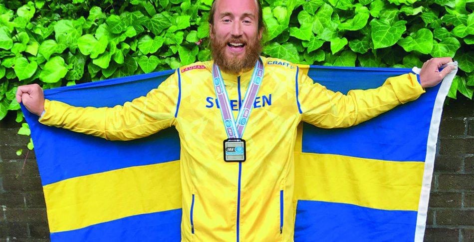 Johan Steene springer kort – men orkar långt