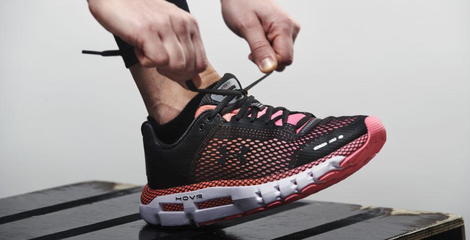 Tävla och vinn!   Under Armour Hovr Infinite  – en uppkopplad sko för långpassen
