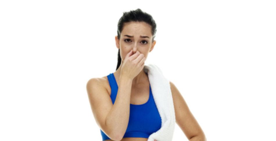 Därför stinker dina träningskläder