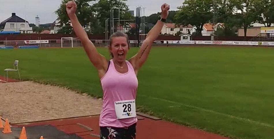Jessica satte PB med 56 km när hon vann RM 24 timmars